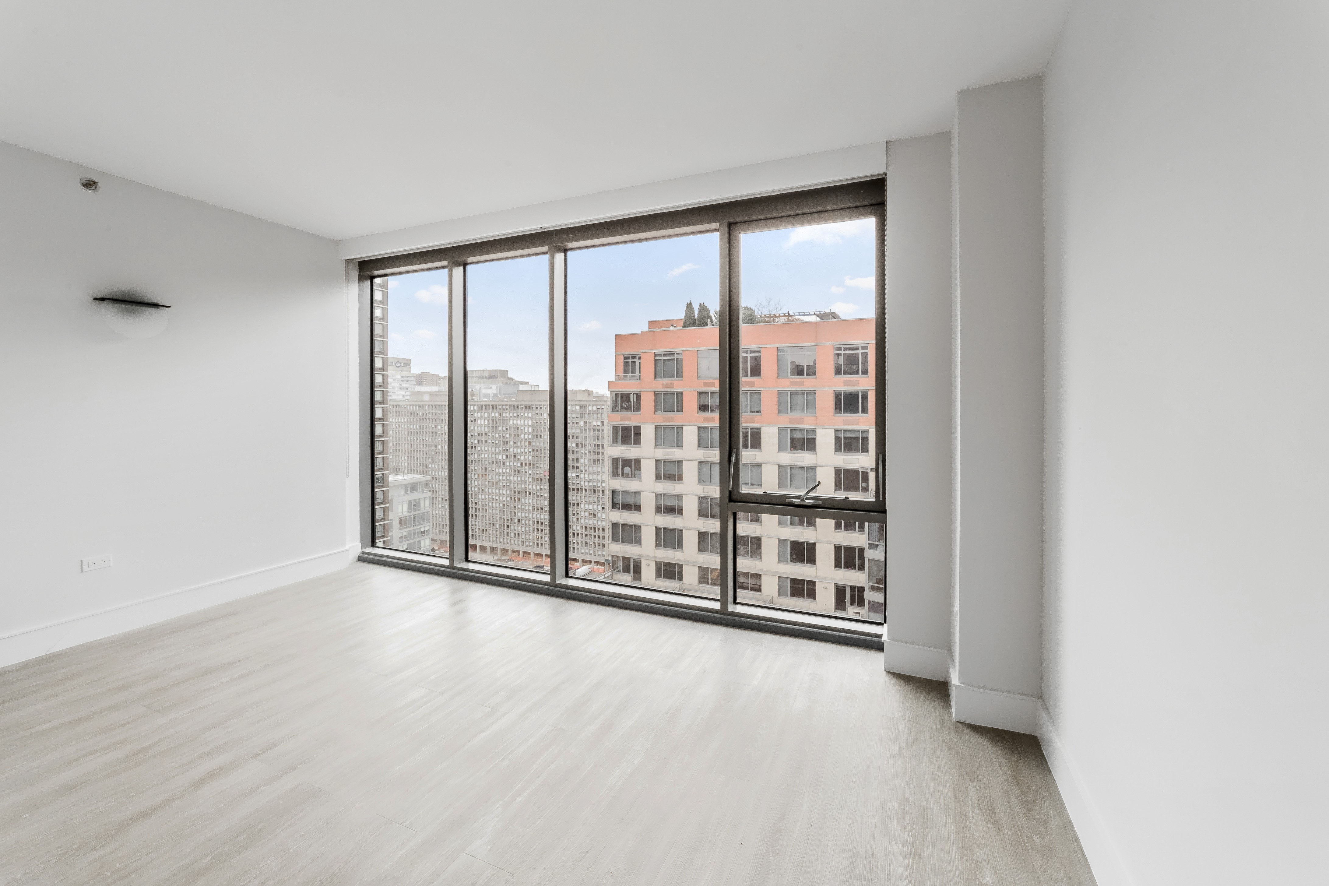 Before-New York City Virtual Staging